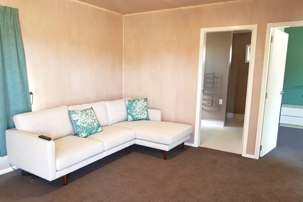 Martinborough TOP 10 Apartment Lounge